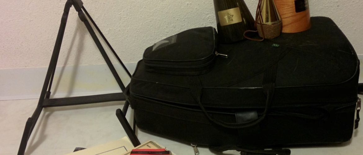 French horn accessories and equipment
